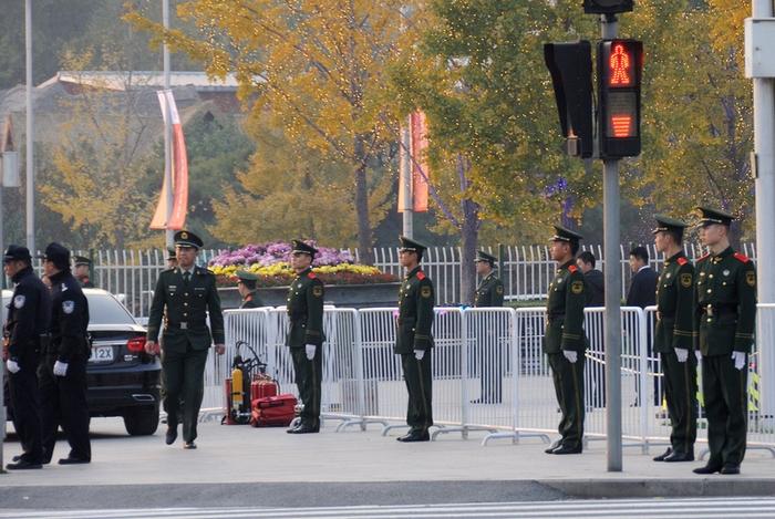 Перед началом саммита APEC в Пекине прошли полицейские облавы на петиционеров. Фото с  epochtimes.com