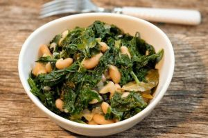 italian-white-beans-and-kale