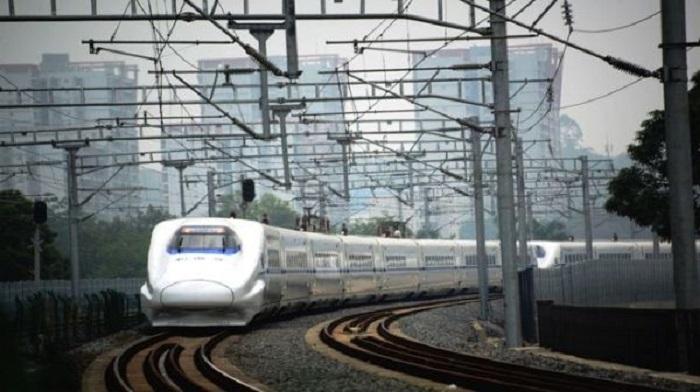 Китайский высокоскоростной поезд. Фото: NTD