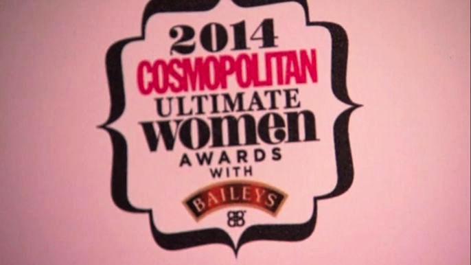 Лауретами премии стали также певица и победительница английского шоу-талантов Тулиса, модель и актриса Келли Брук и британо-ирландская девичья поп-группа The Saturdays. Скриншот видео.