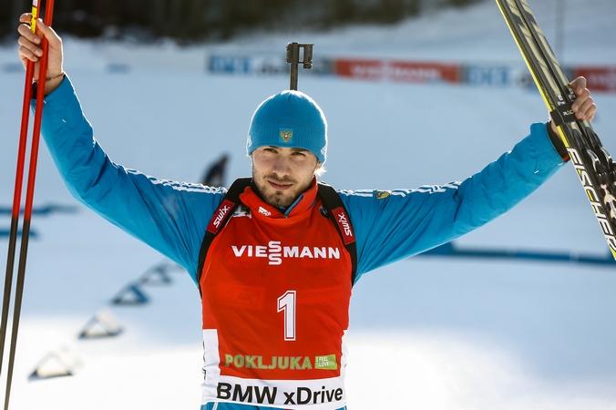 Российский биатлонист Антон Шипулин ― лидер гонки с общего старта на 15 км на третьем этапе Кубка мира по биатлону, Словения, Поклюка, 20 декабря, 2014 год. Фото: Stanko Gruden/Agence Zoom/Getty Images