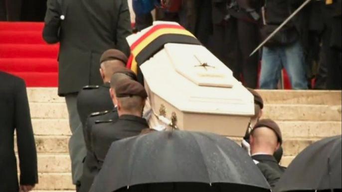 В Бельгии простились с вдовствующей королевой Фабиолой (видео)