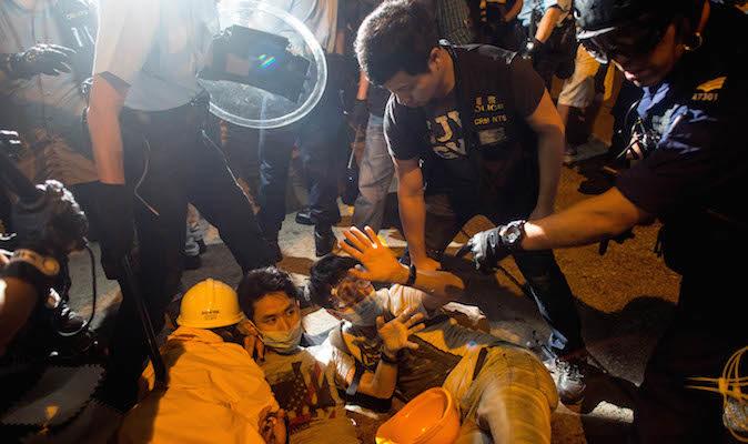 Ребёнка могут отобрать у родителей из-за протестов в Гонконге