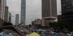 Суд Гонконга постановил зачистить ключевое место протестов