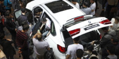 BMW уменьшила производство из-за спада продаж в Китае