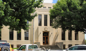 Historic_rockwall_county_courthouse_2014