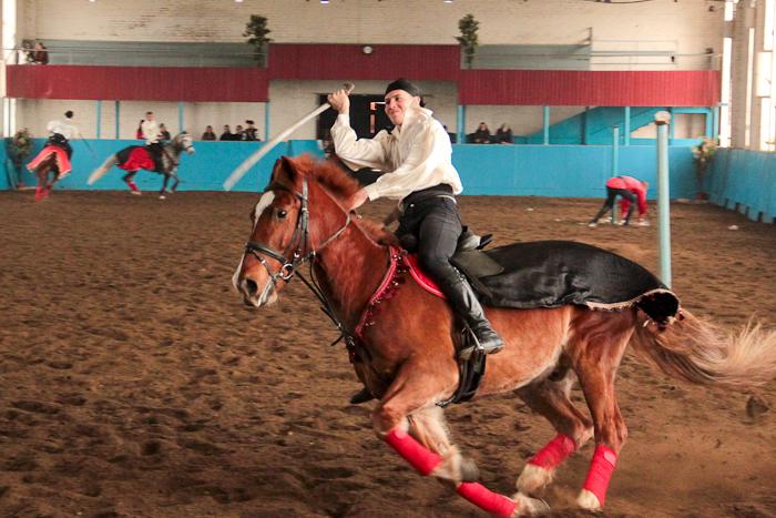 Выступление конного театра Краснодарского ипподрома. Фото: Александр Трушников/Великая Эпоха