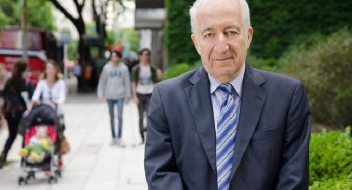 Доктор Бернардо Кликсберг, создатель дисциплины «социального управления». Фото: Elina Villafane/Epoch Times