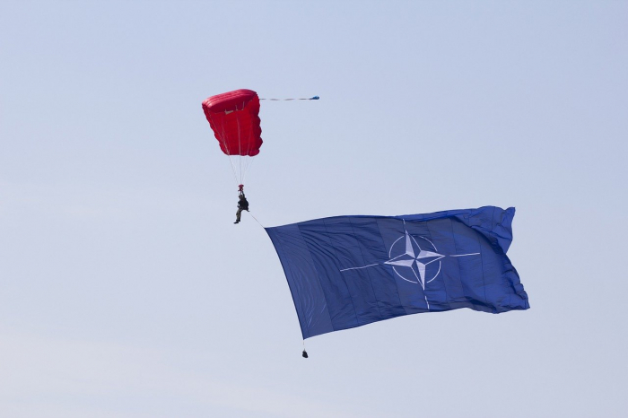 НАТО приняло решение развернуть в Афганистане новую небоевую миссию