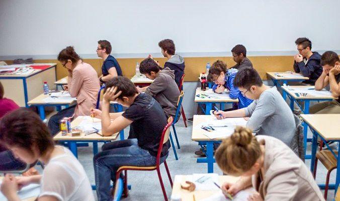 В среду, 3 декабря, школьники пишут сочинение-допуск к ЕГЭ