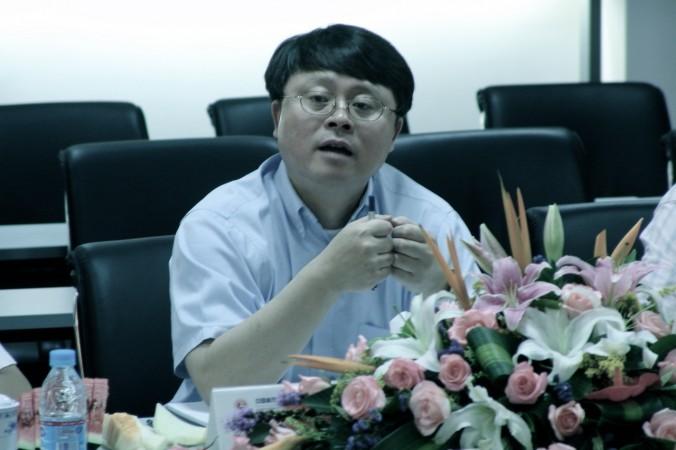 Цзян Мяньхэн, зам главы Китайской академии наук, выступает на конференции 16 июля 2005 года. Фото: Chinese Academy of Sciences