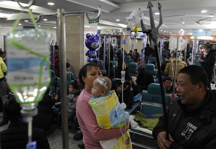 Нездоровый бум на капельницы в Китае. Фото с epochtimes.com