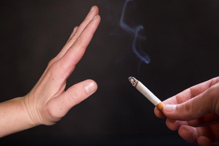 Учёные выяснили причины сложности отказа от курения