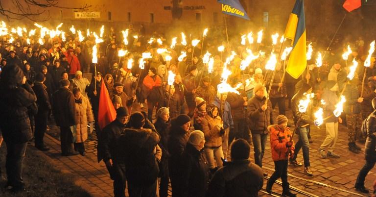 Шествие националистов 1 января в честь 106-летия со дня рождения Степана Бандеры.  Фото: yandex.ru/images