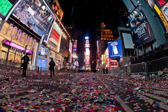 Таймс-сквер в Нью-Йорке после встречи Нового года.  Фото Anthony Quintano/flickr.com