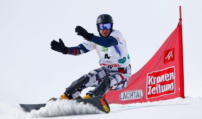 Сноубордист Соболев завоевал «золото» в параллельном гигантском слаломе на ЧМ