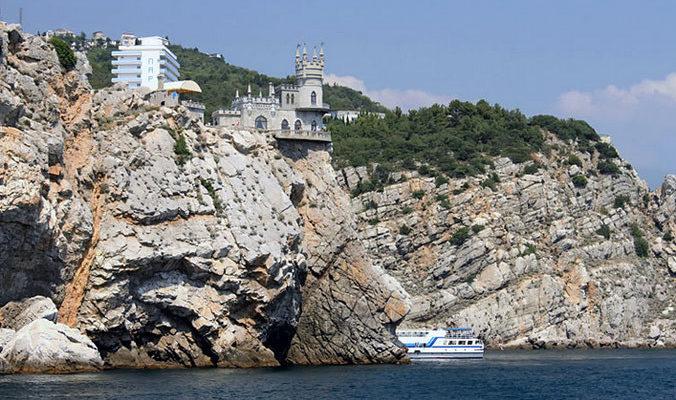 В Крыму с 1 февраля начнётся приём документов на выделение земельных участков под строительство жилья