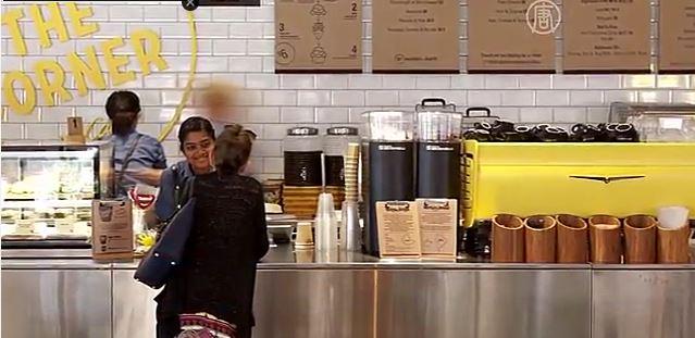 McDonald's в Австралии маскируется под кафе (видео)