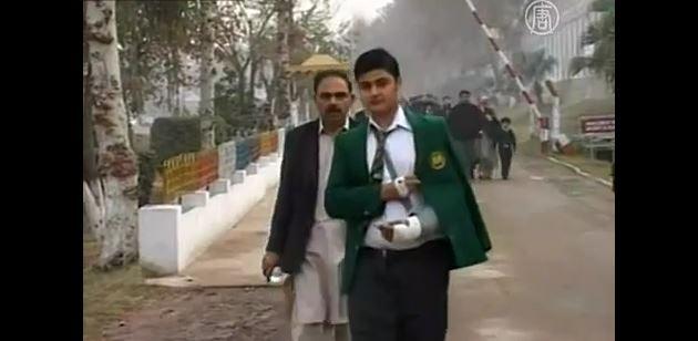 Дети в Пешаваре начали учёбу при повышенных мерах безопасности (видео)