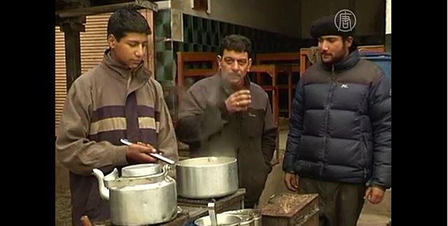 Индийцы пьют воду с ураном (видео)