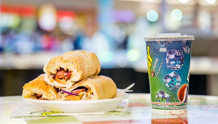 Конкурс на скоростное съедание хот-догов прошёл в Рязани в День студента