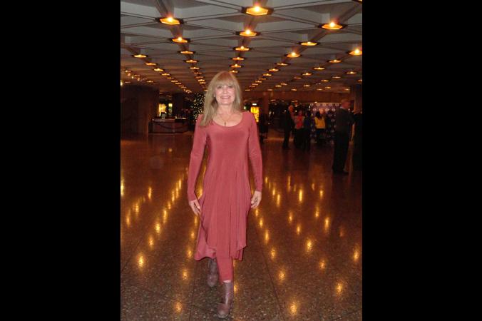 Бывшая исполнительница украинских народных танцев Беверли Энн Базовски на представлении Shen Yun в Национальном центре искусств Оттавы 2 января 2014 г. Фото: Madalina Hubert/Epoch Times