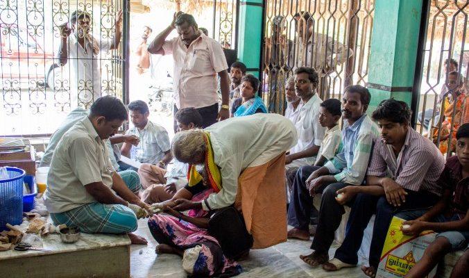 Индийская методика лечения переломов без обезболивания, рентгена и гипса