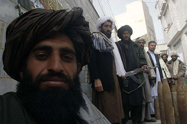 После 13 лет войны завершена боевая миссия НАТО в Афганистане