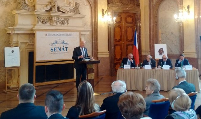 В Праге обсудили проблему насильственного извлечения органов в Китае