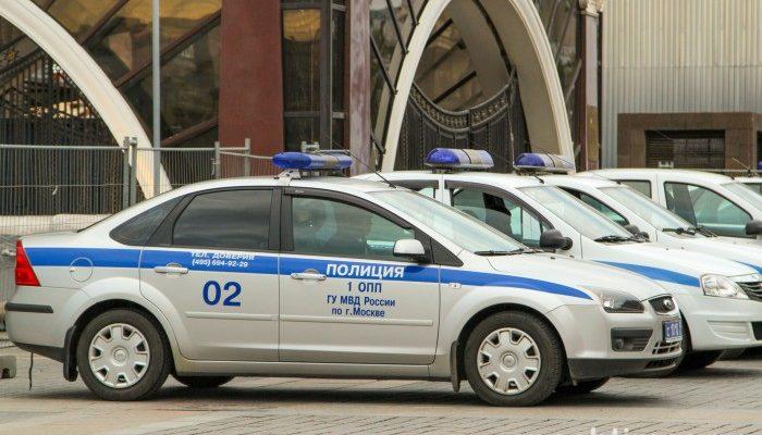 В новокузнецкой школе распылили газовый баллончик, 11 детей госпитализировали
