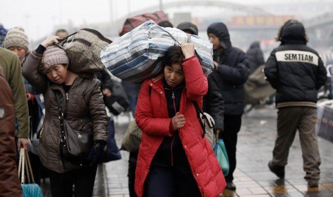 Реформа системы регистрации рабочих-мигрантов в Китае: юристы настроены скептически