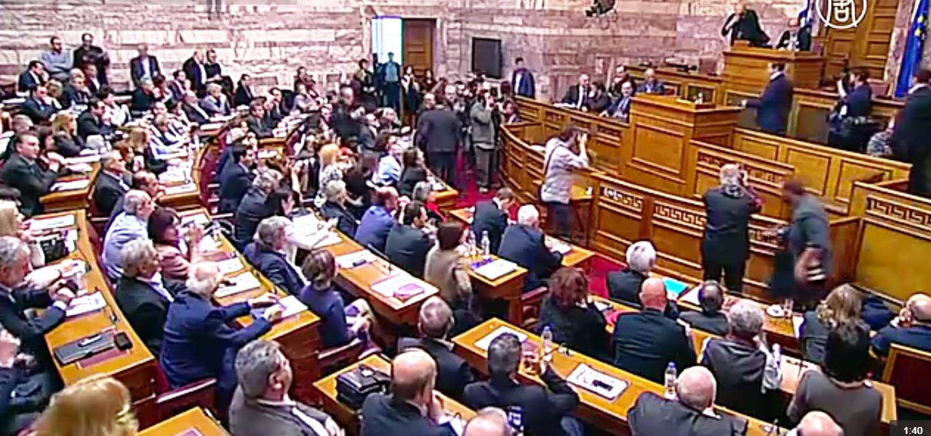 Ципрас высказался против продления программы международной помощи для Греции. Скриншот видео