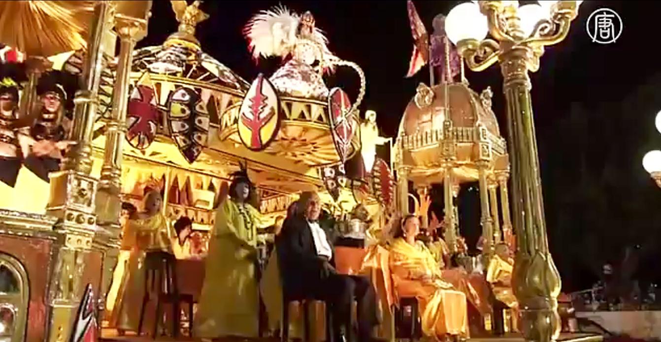 На знаменитом «Самбадроме» разворачиваются яркие театрализованные представления.  Скриншот видео: Телеканал NTD