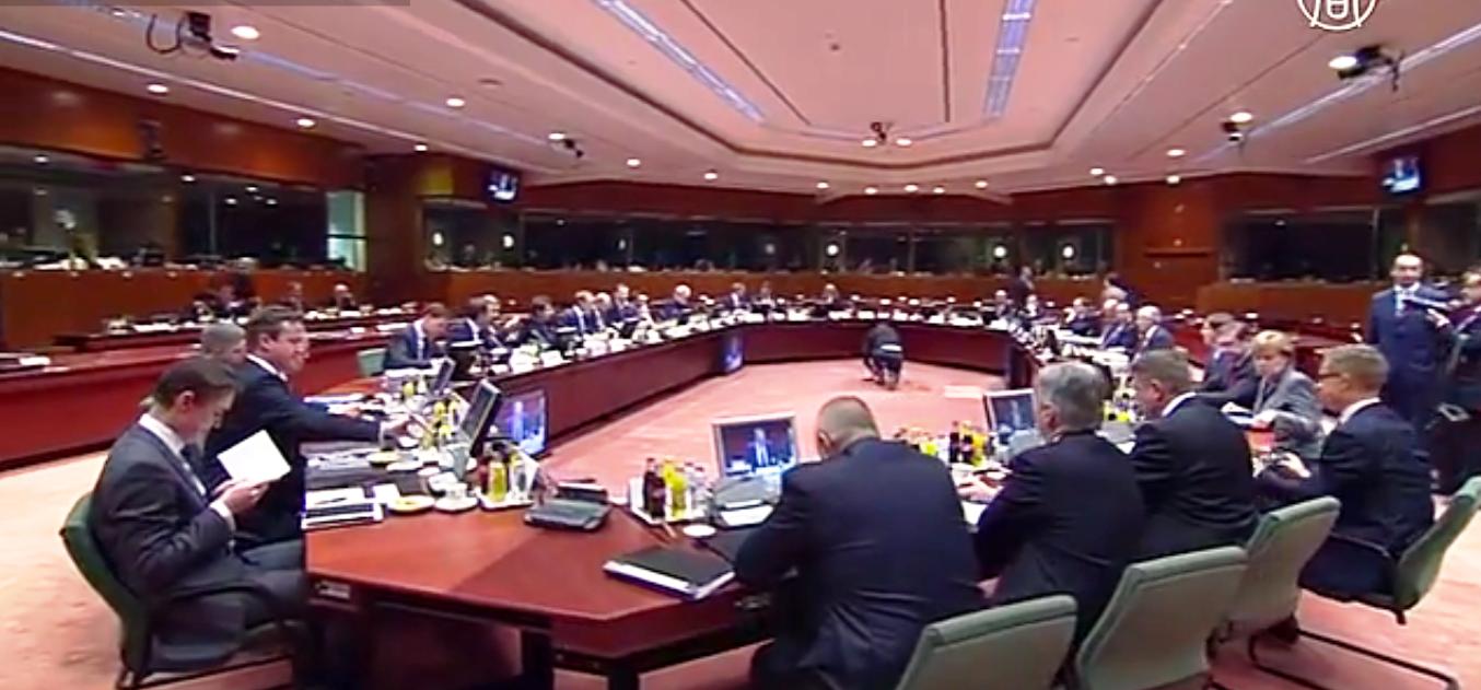 ЕС готов наложить новые санкции на Россию, если на Востоке Украины не установится режим прекращения огня. Скриншот видео