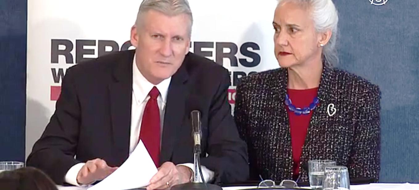 Родители похищенного журналиста критикуют политику США. Скриншот видео