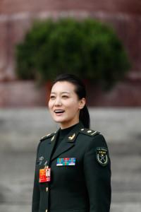 Две известных певицы не выступят на китайском новогоднем концерте из-за связей с бывшим лидером компартии Китая