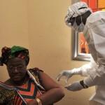 Прививка от Эболы. Фото: CELLOU BINANI/AFP/Getty Images
