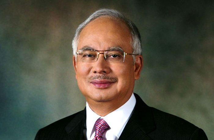 Малайзия не планирует прекращать поиски Boeing
