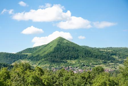 Bosnian-pyramid-shutterstock-34424431-WEBONLY