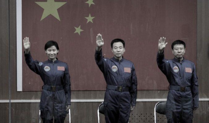 Космические амбиции Китая построены на воровстве и копировании