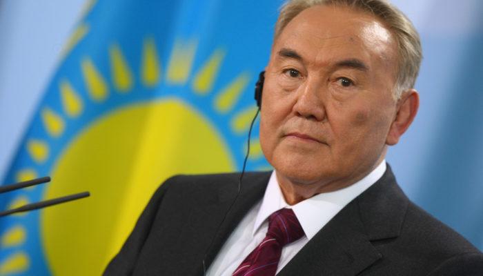 Центризбирком зарегистрировал Назарбаева кандидатом в президенты Казахстана