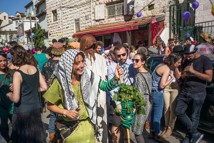 В Израиле отмечают еврейский праздник Пурим