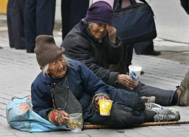 Быстрые темпы старения населения в Китае негативно повлияют на рост экономики страны. Фото: Getty Images