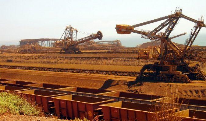 Заявление о снижении роста ВВП Китая ударило по экспортёрам руды