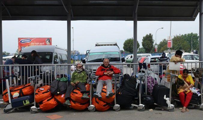 В Непале ждут эвакуации 10 тысяч россиян (видео)
