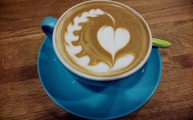 В Маниле научат рисовать на кофейной пене