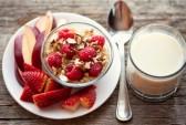 завтрак, клубника