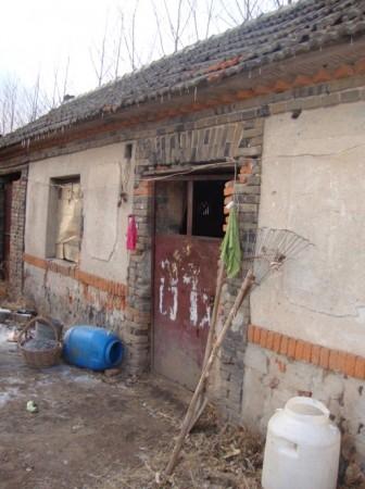 Заброшенная мастерская для обжига черепицы, где Лю Чжимэй жила вместе со своим отцом в 2010 г. Фото: Minghui