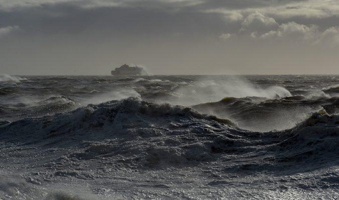 После шторма в Бенгальском заливе пропали более 600 рыбаков
