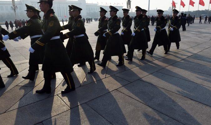 В Китае криминальные элементы наводнили органы власти
